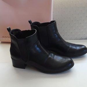 "Bandolino ""chelsey"" boot IOB"